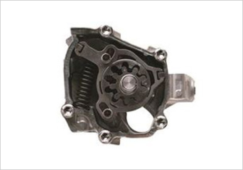 Continuously variable capacity oil pump