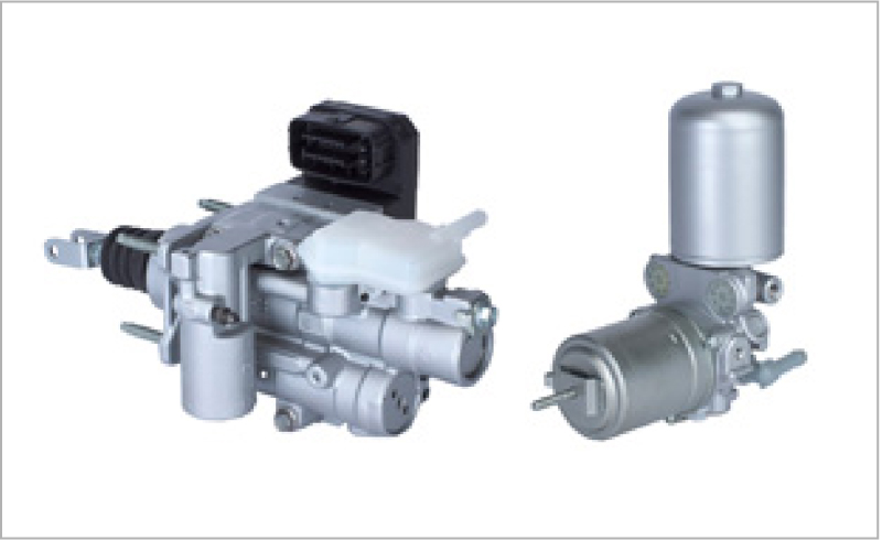 Electronically controlled brake systems (Cooperative regenerative brake systems)